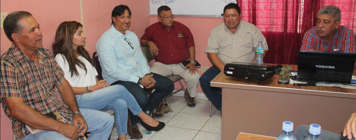 Director General del IDIAP se reúne con productores chiricanos
