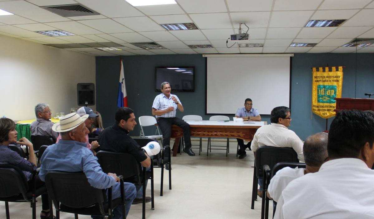 Importante encuentro del Comité Nacional de Semillas,  Productores de arroz e IDIAP