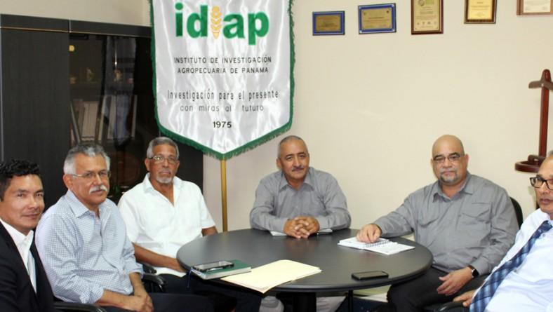 CATIE e IDIAP, continúan trabajando por el sector agropecuario